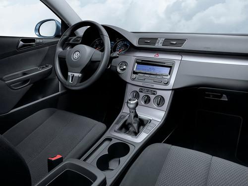 VW Passat 1.6 TDI Bluemotion (2011)