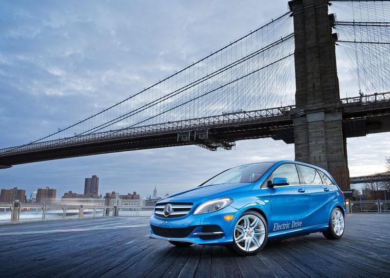 Yeni Mercedes B Serisi İncelemesi ve Teknik Özellikleri