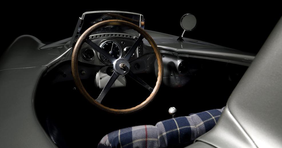 Mercedes 300 SLR Ön Panel