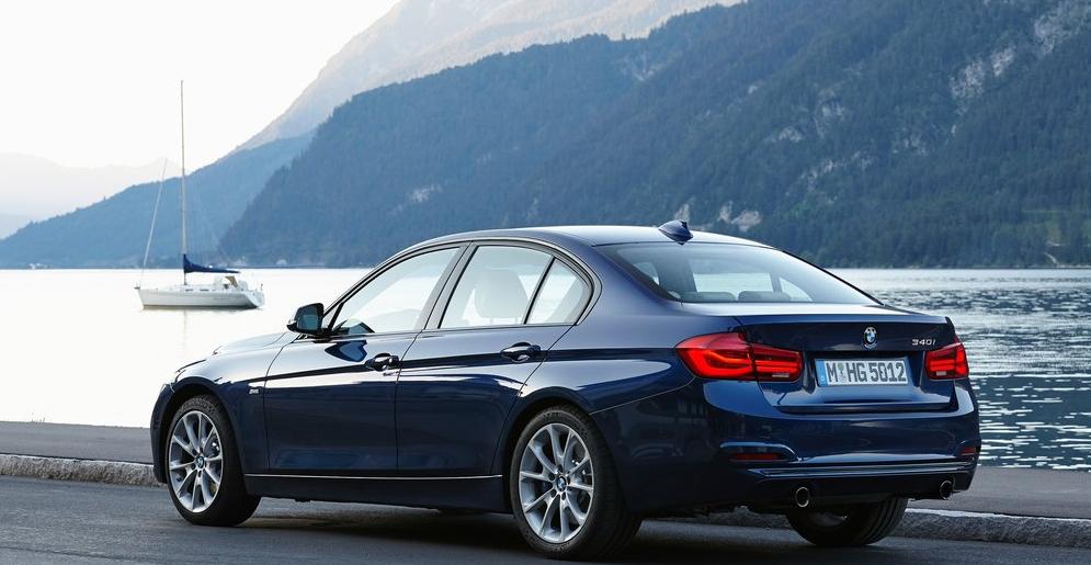 BMW 3 Serisi Arka Görünüm