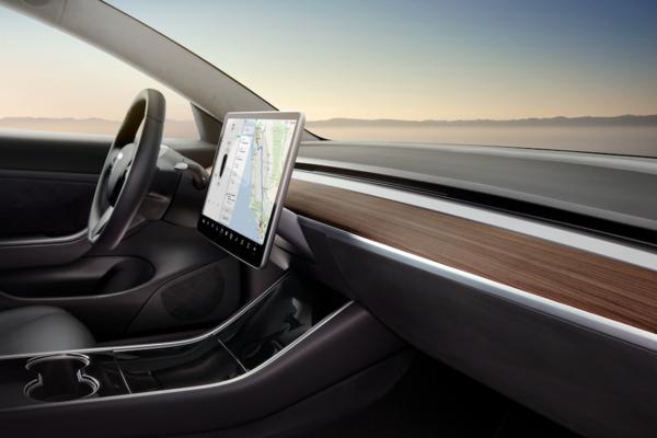 Tesla Model 3 minimalist tasarımıyla dikkat çekiyor