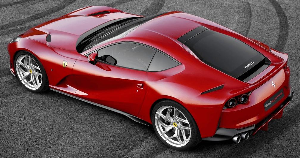 Ferrari 812 Superfast Arka Görünümü