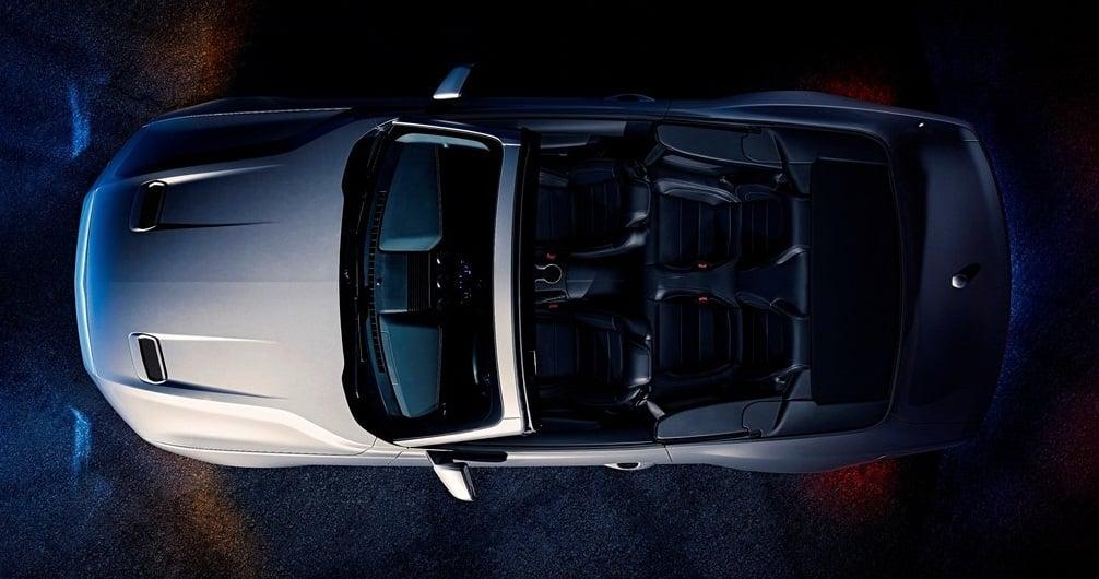 Ford Mustang GT Convertible ust gorunum detaylari