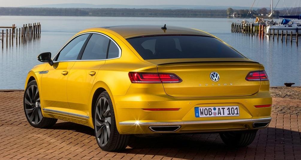 Volkswagen Arteon 1.5 TSI arka görünüm detayları