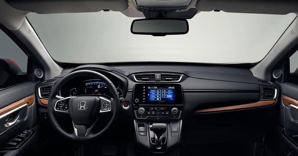 Beşinci nesil Honda CR-V ön konsolu