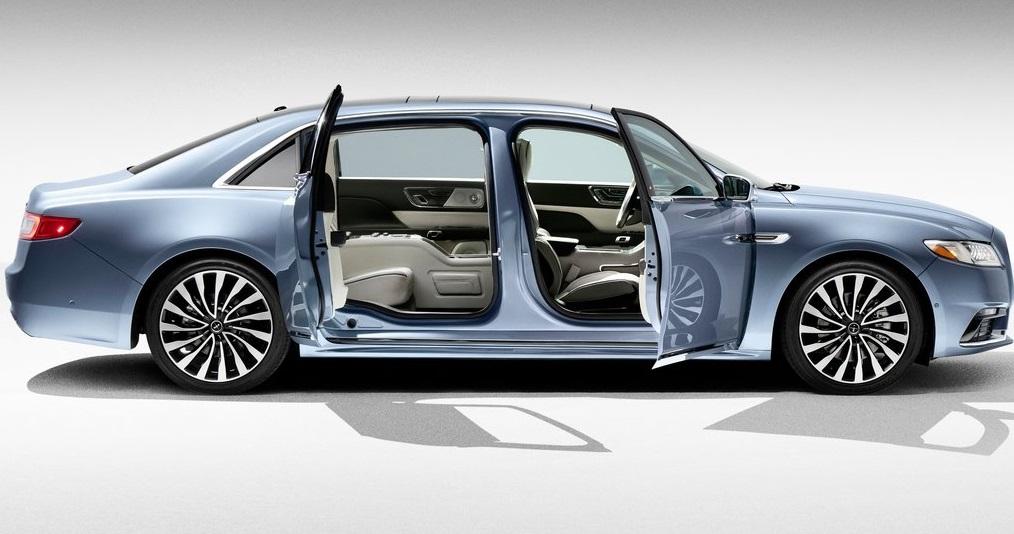 Lincoln Continental Coach Door Edition yan görünümü