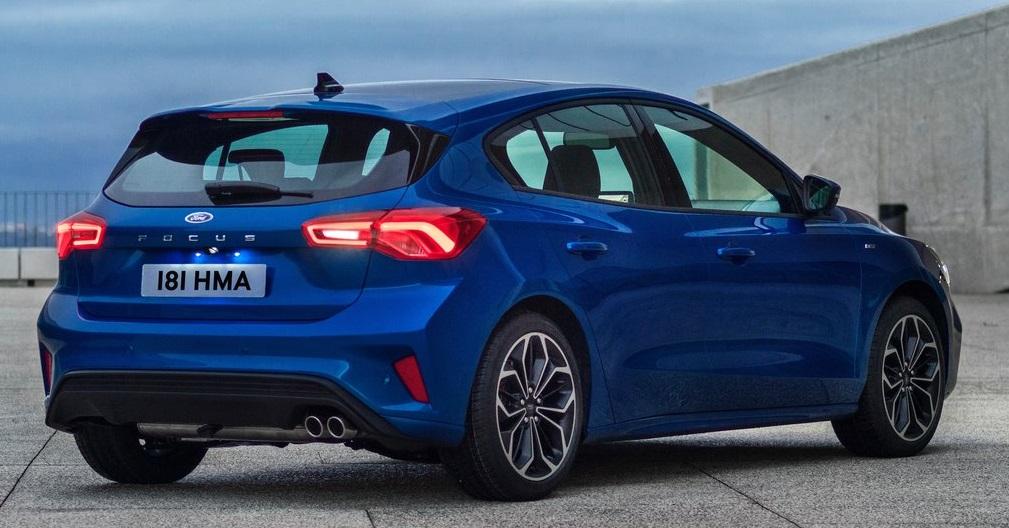 Ford Focus ST-Line arka görünümü