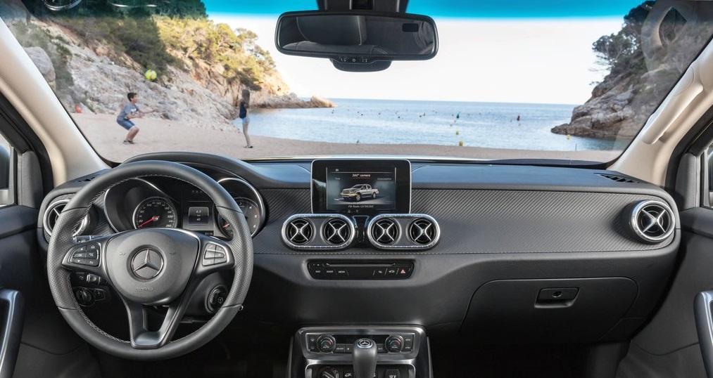 Mercedes X Class iç dizayn