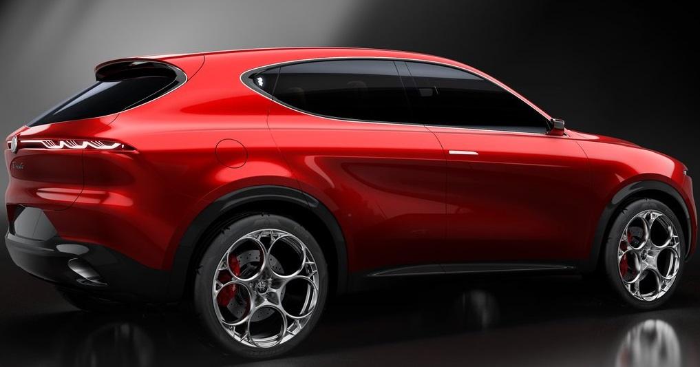 Alfa Romeo Tonale yan görünümü