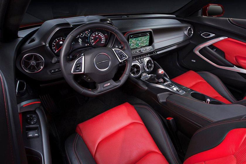 Chevrolet Camaro V8 ön konsol
