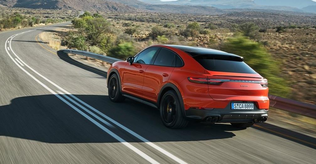 Porsche Cayenne Coupe arka görünümü