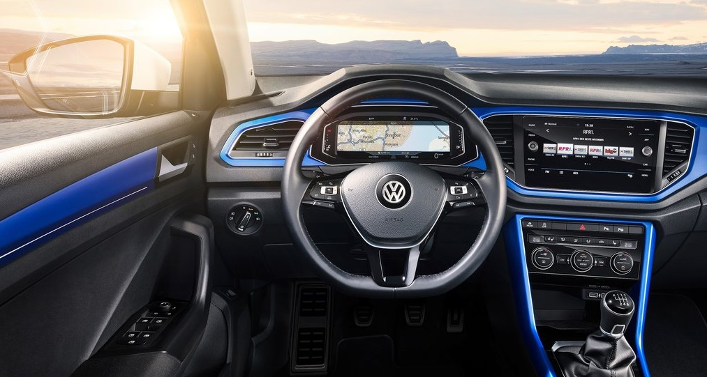 VW T-ROC ön konsol görünümü
