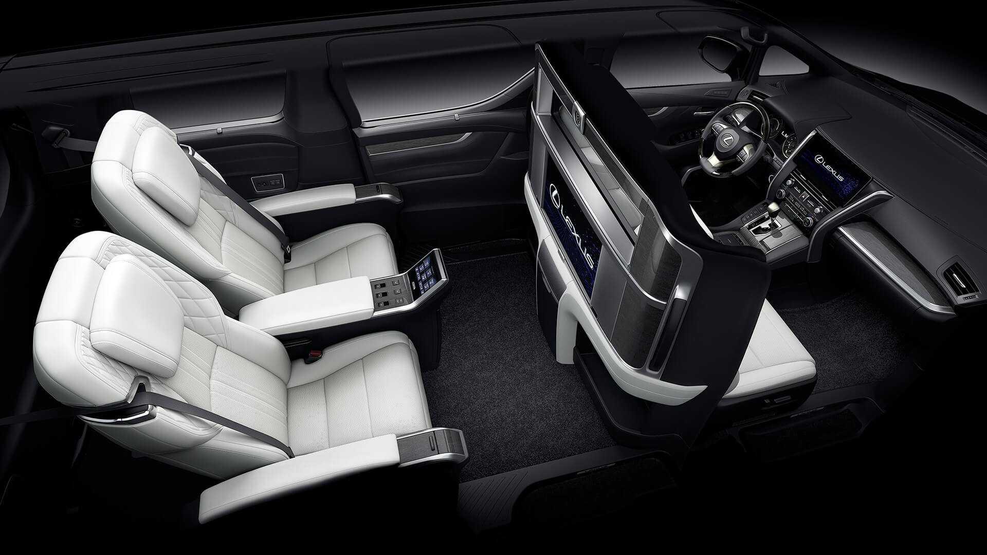Lexus LM iç dizayn ön konsol