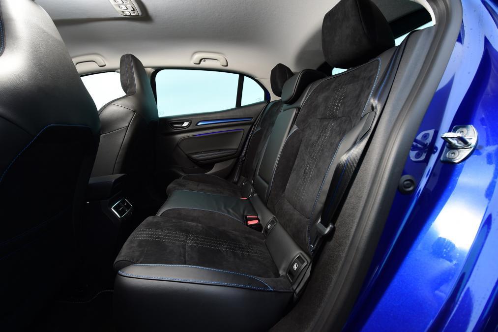 Renault Megane HB arka koltukların görünümü