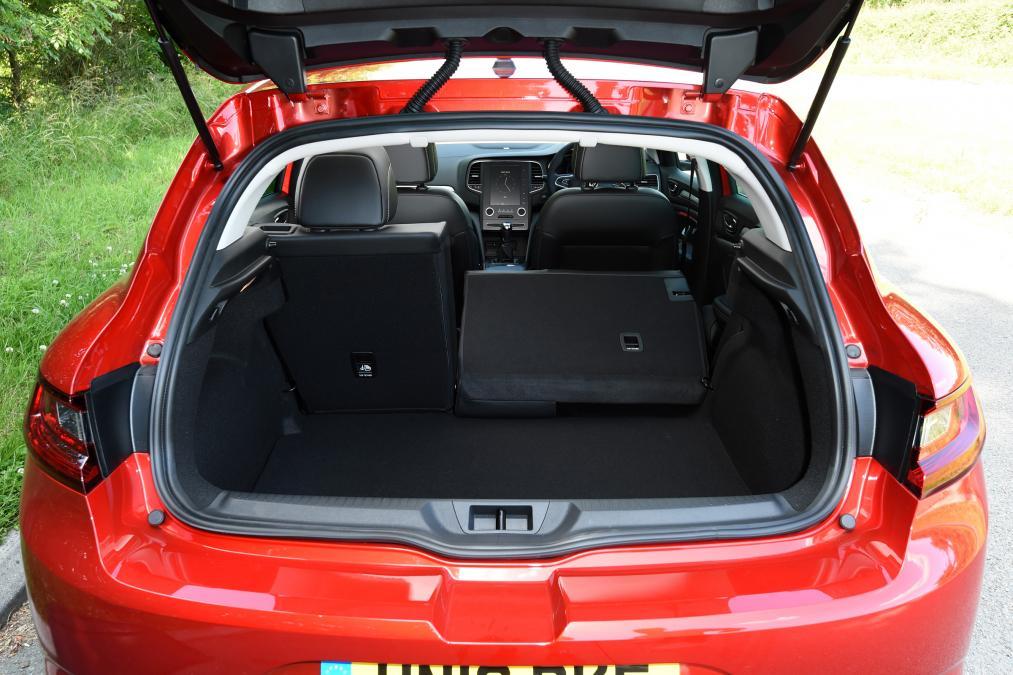 Renault Megane HB bagaj kapısı